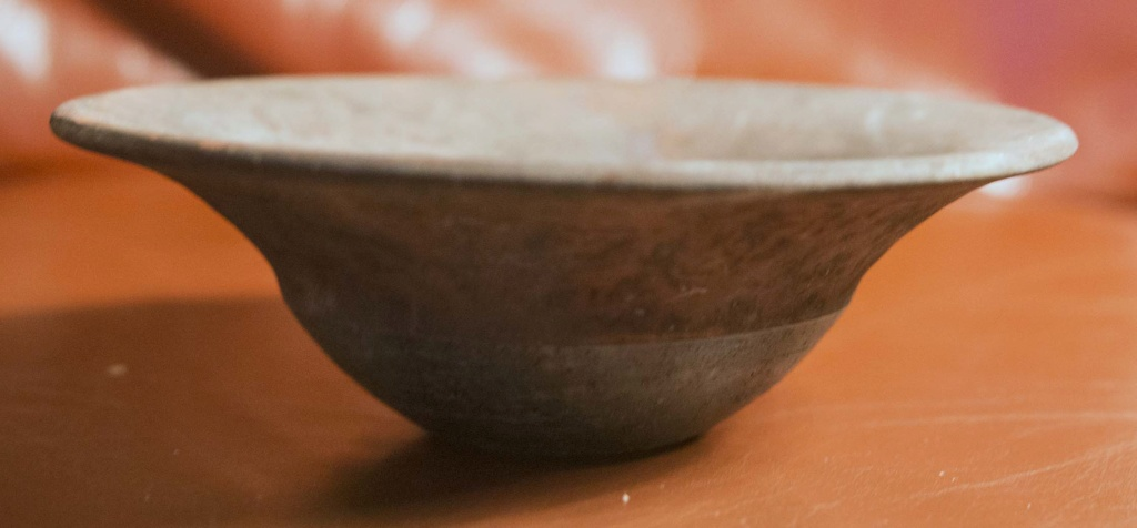 Curious Bowl - Has anyone else seen one of these - raku Turquo10