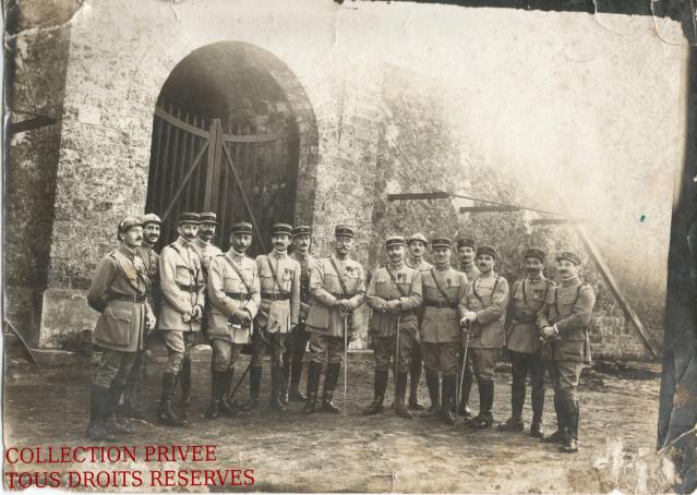 Photo groupe d'officiers français époque ? Groupe10