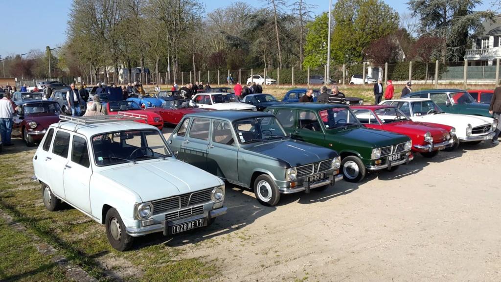 Presqu'un rassemblement de Renault R6 à Maisons Laffite ! Maison12