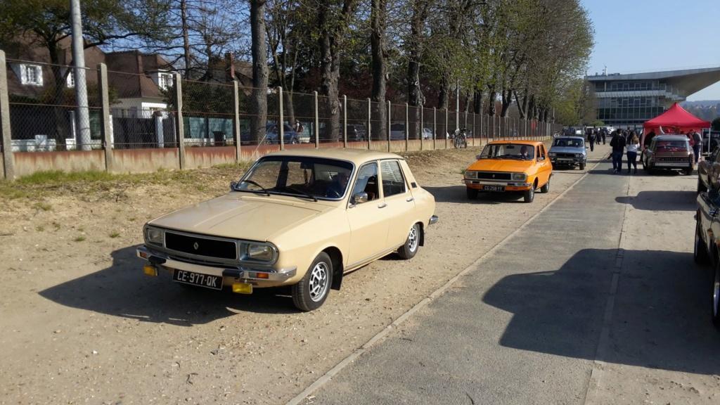 Presqu'un rassemblement de Renault R6 à Maisons Laffite ! Maison17
