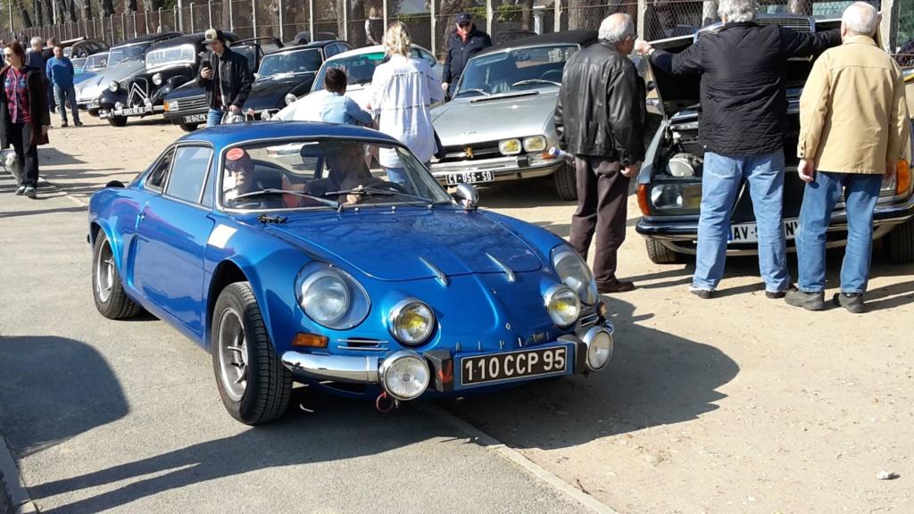 Presqu'un rassemblement de Renault R6 à Maisons Laffite ! Maison20