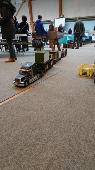 expo camion rc piste et tout terrain  Dsc_1917