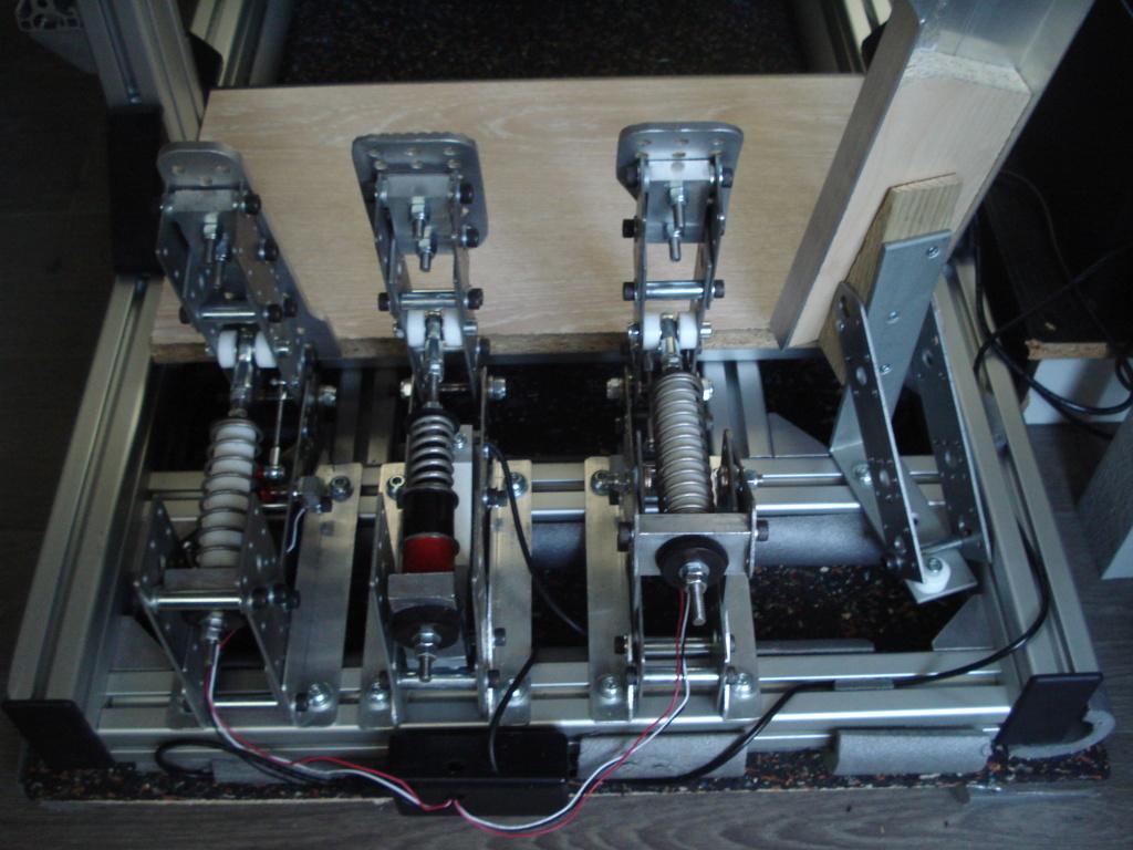 [Pédalier] Pédalier LM (Prototype DIY)  Dsc00010