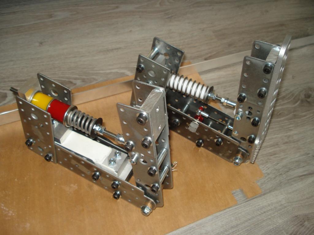 [Pédalier] Pédalier LM (Prototype DIY)  Dsc00025
