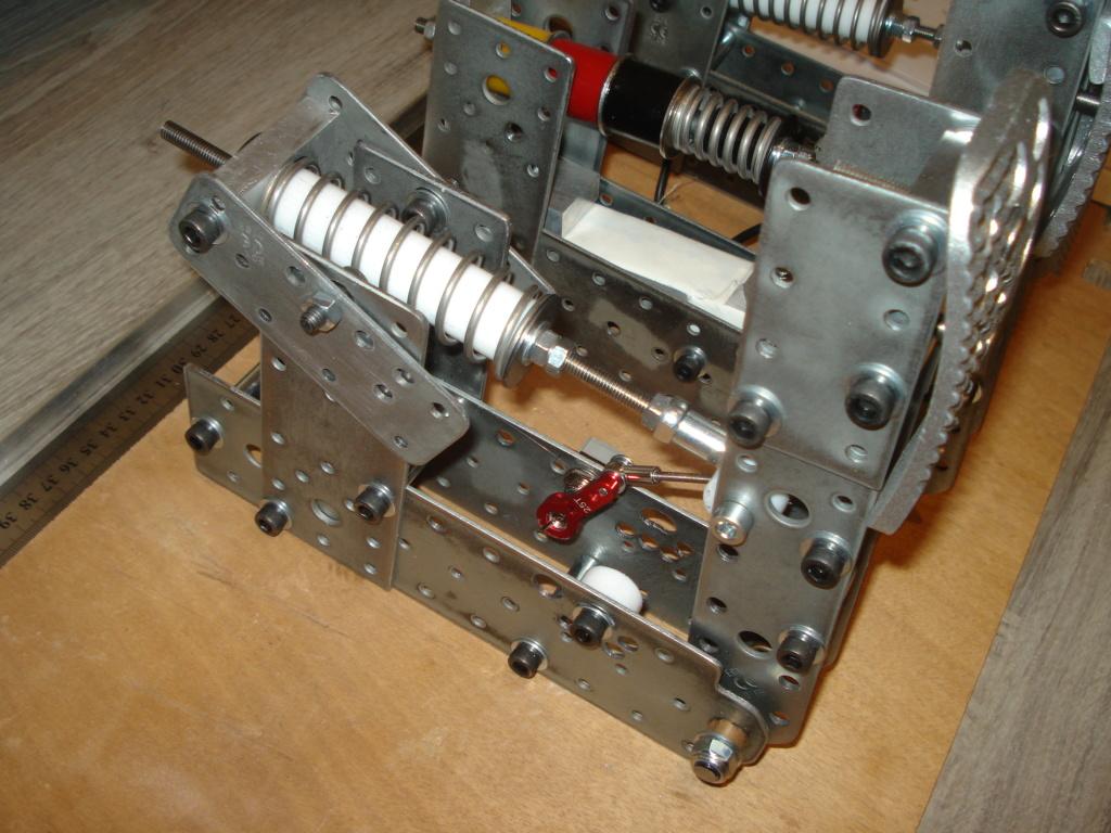 [Pédalier] Pédalier LM (Prototype DIY)  Dsc00029