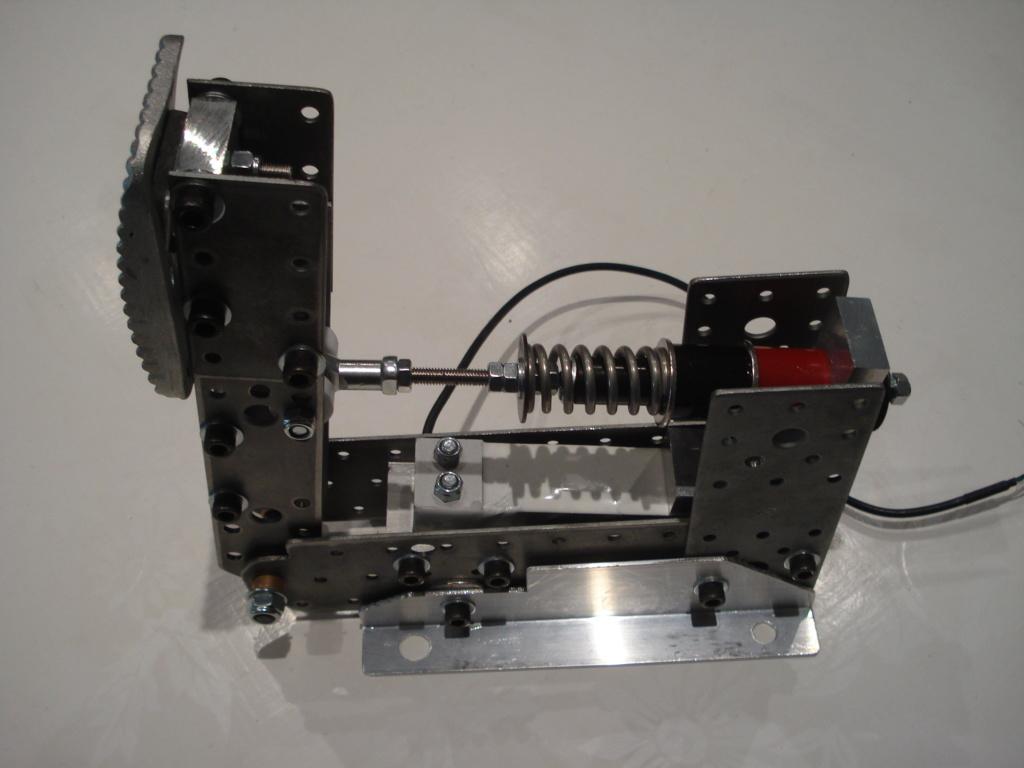 [Pédalier] Pédalier LM (Prototype DIY)  Dsc00034