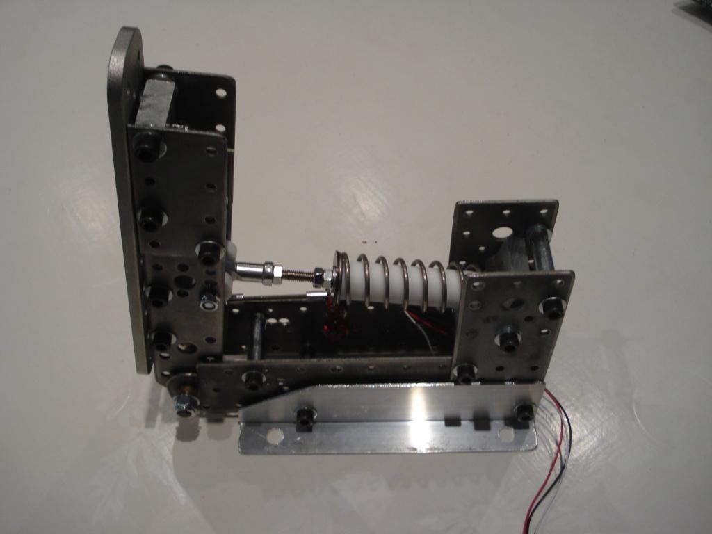 [Pédalier] Pédalier LM (Prototype DIY)  Dsc00035