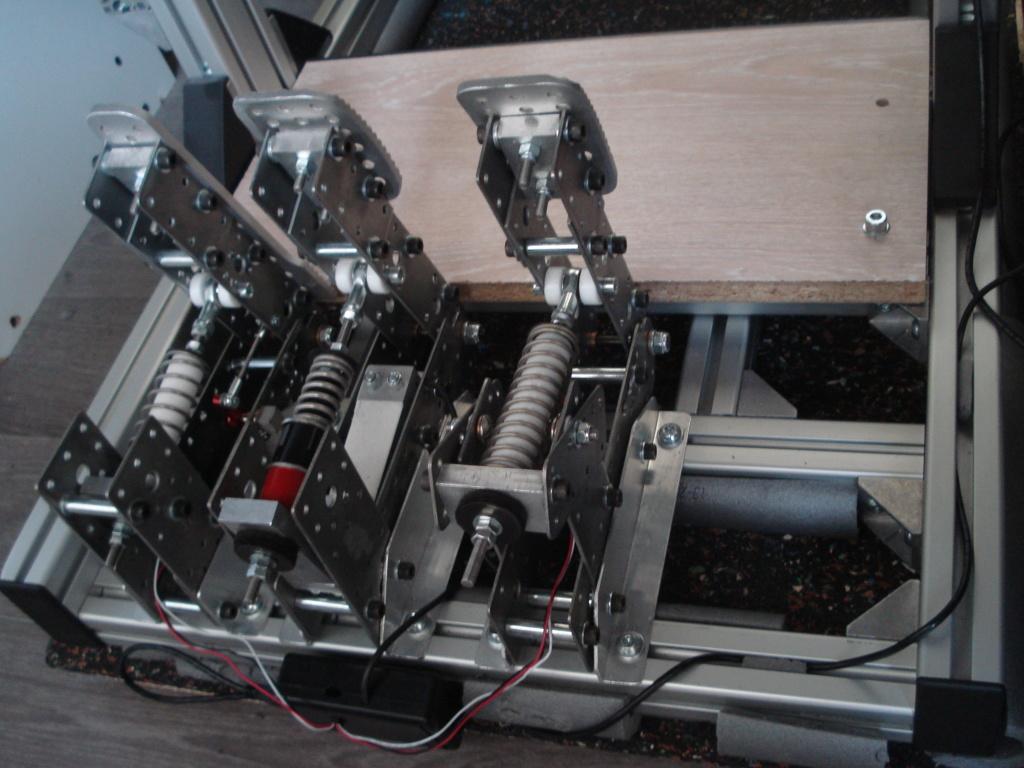 [Pédalier] Pédalier LM (Prototype DIY)  Dsc00041