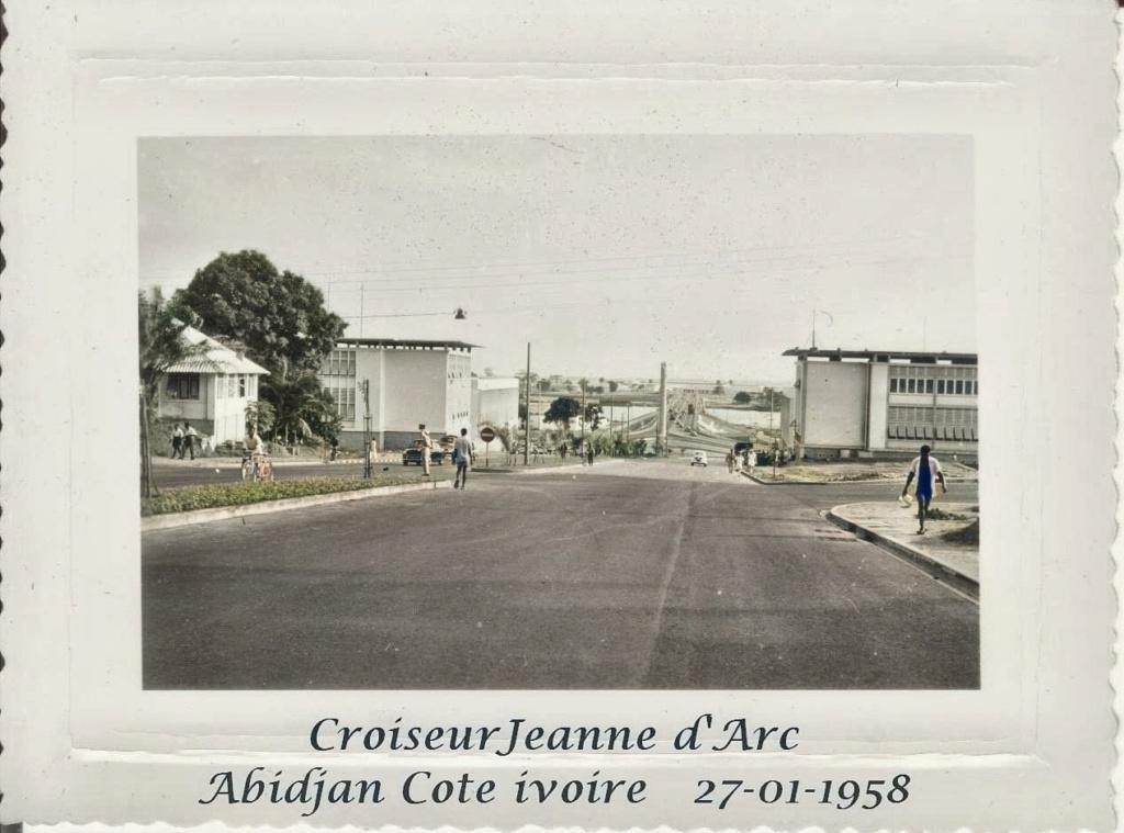 CROISEUR ÉCOLE JEANNE D'ARC - Page 19 2_abid10