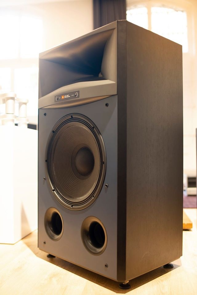 JBL Everest DD67000 con Audio Research en Supersonido Barcelona el 8-9 noviembre. - Página 2 508a4110