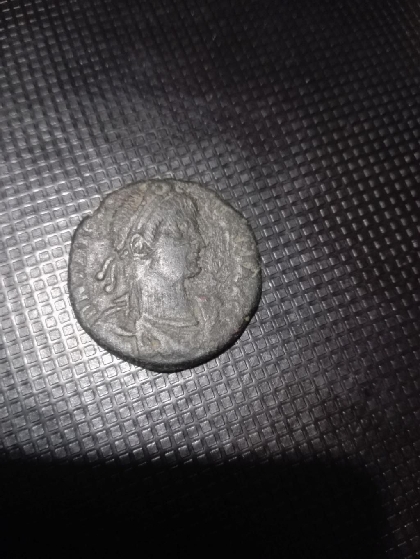 AE2/ Maiorina de Teodosio I. REPARATIO REIPVB. Roma 15433515