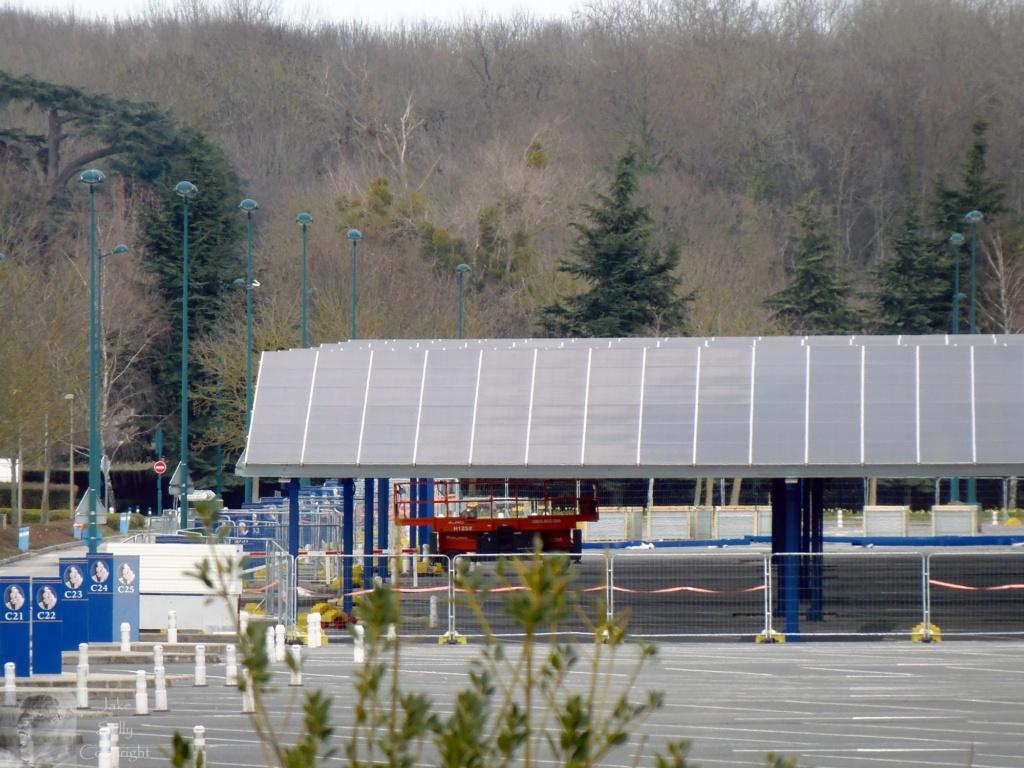 Centrale photovoltaïques sur le parking visiteur (Avancement du chantier p.13) - Page 13 4_copi11