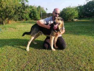Ubul, Karmacs lebt glücklich in Deutschland Img_9024