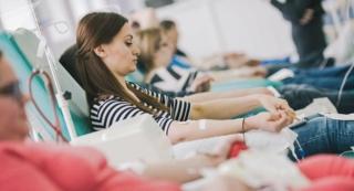 Les dangers MORTELS de la transfusion sanguine révélés par les medecins 10335011