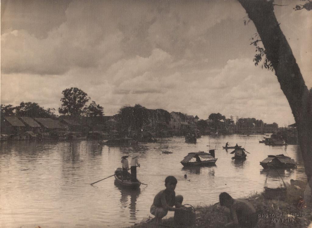 Hué cité impériale - rivière des parfums 19010