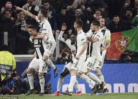 UCL: Cristiano Ronaldo Hat-Trick Shoots Juventus Into Quarter Finals (Photos)  89697513