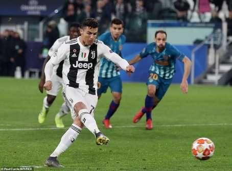 UCL: Cristiano Ronaldo Hat-Trick Shoots Juventus Into Quarter Finals (Photos)  89697612