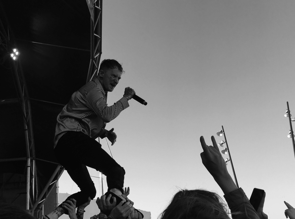 """Frank Carter & The Rattlesnakes. [""""End of suffering""""] (2019) - Página 8 1a1b2210"""