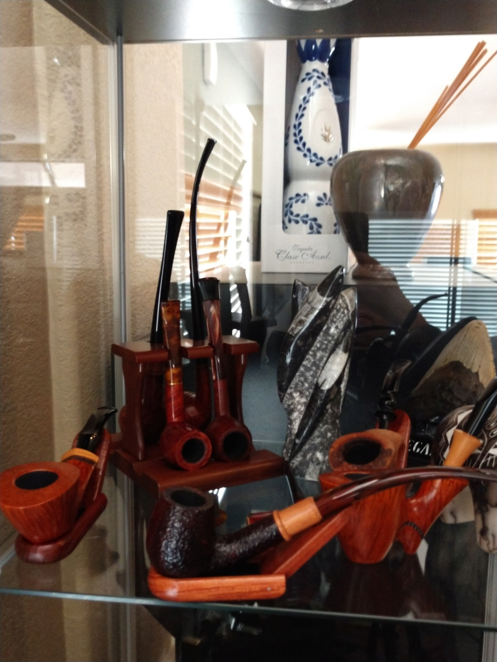 Display Cabinet of Pipes & Stuff Img_2016