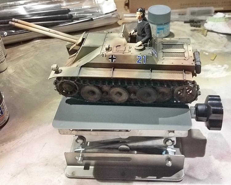 Panzer Kleinzerstörer Rutscher - 1/35ème - Das Werk - Page 2 20191232