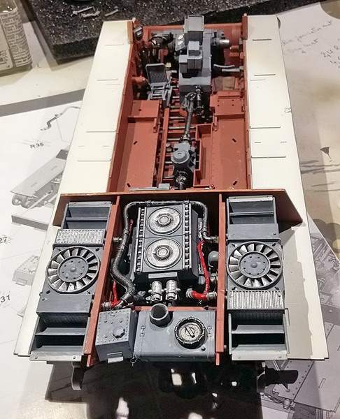 King Tiger (tourelle Porsche, full interior) [Takom 1/35 ] - Page 3 20200379