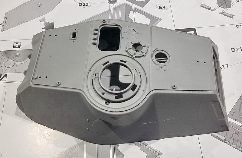 King Tiger (tourelle Porsche, full interior) [Takom 1/35 ] - Page 4 20200394