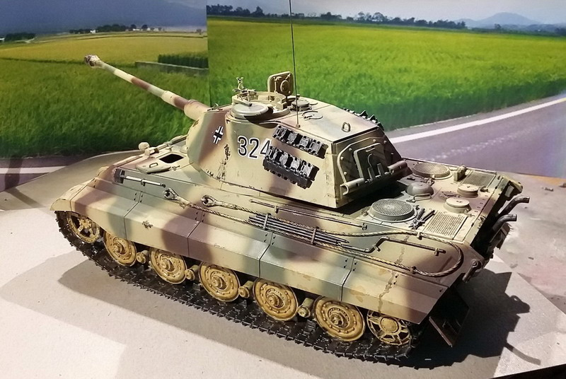 King Tiger (tourelle Porsche, full interior) [Takom 1/35 ] - Page 7 20200440