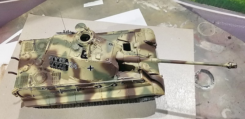 King Tiger (tourelle Porsche, full interior) [Takom 1/35 ] - Page 7 20200445
