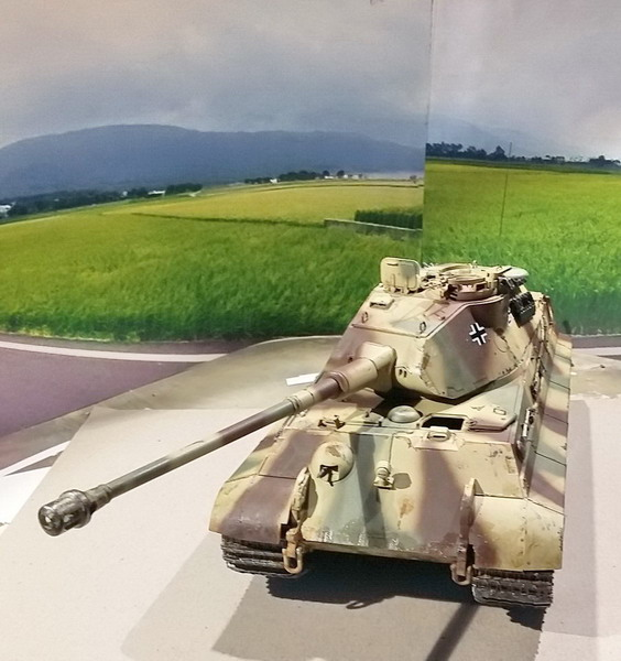 King Tiger (tourelle Porsche, full interior) [Takom 1/35 ] - Page 7 20200450