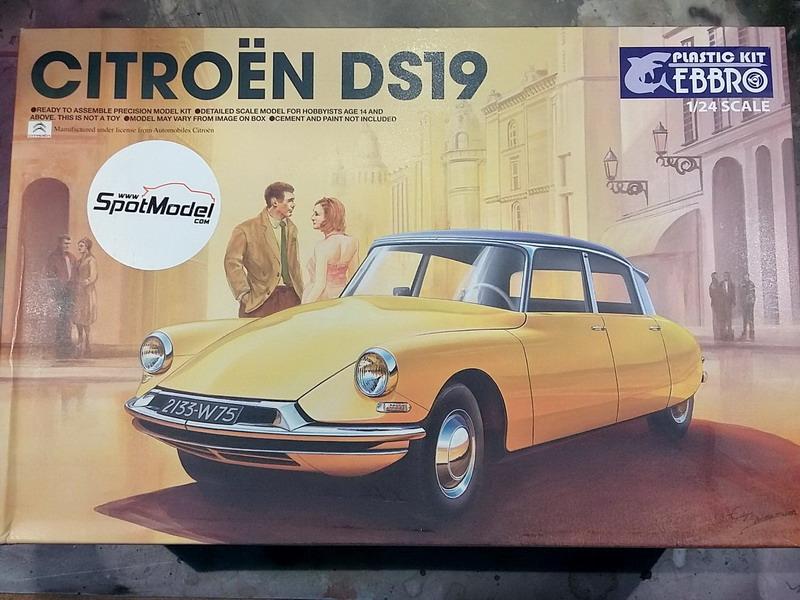 Citroën DS19 1/24ème Ebbro 20200453