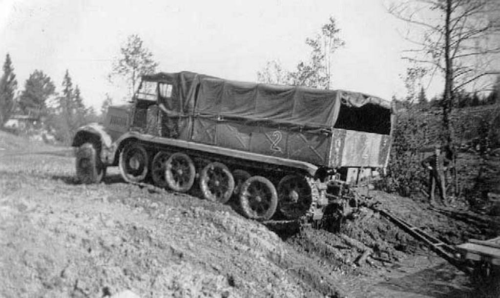 Camion Famo + remorque porte-chars  - 1/35 -  Tamiya - Page 6 2_110