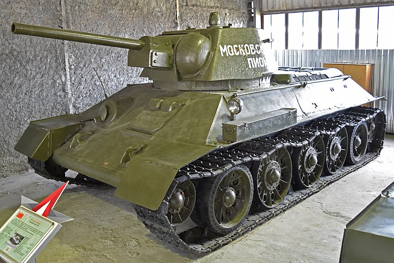 T34/76 au 1/35ème de Tamiya 800px-10