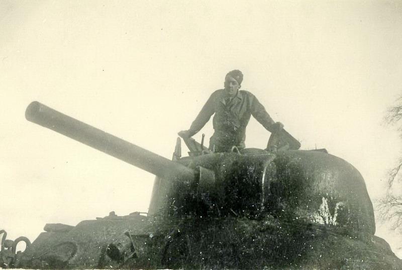 Sherman 2ème DB vs 1/35 Tamiya : j'ai besoin de vous ! Claude10