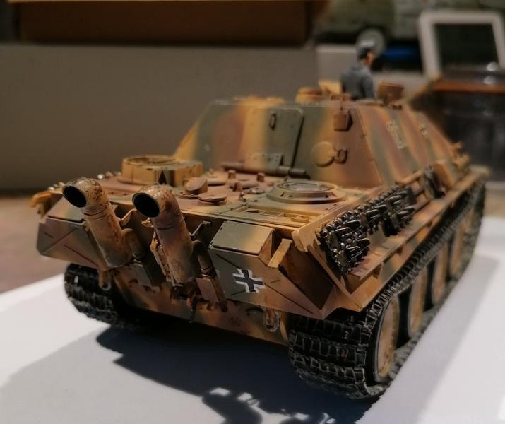 "Jagdpanther ""late version""  1/35ème [Tamiya] Img_2027"