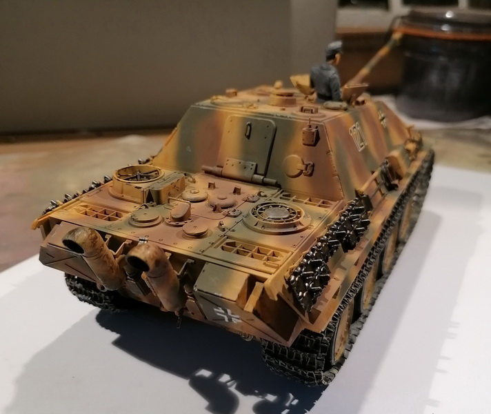 "Jagdpanther ""late version""  1/35ème [Tamiya] Img_2028"