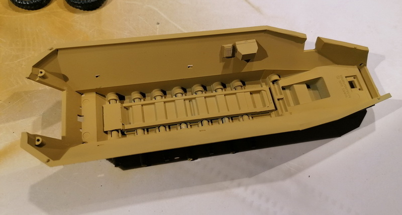 Hanomag Sd.Kfz. 251/1  - 1/35 - Tamiya Img_2100