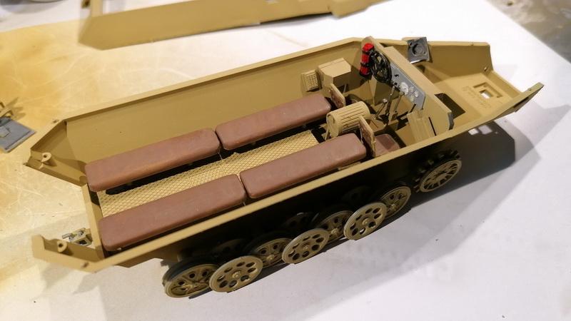 Hanomag Sd.Kfz. 251/1  - 1/35 - Tamiya Img_2102