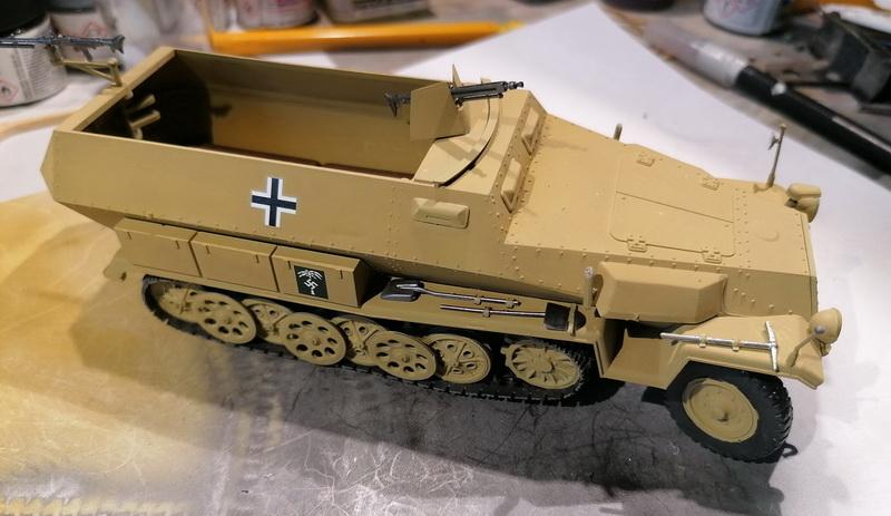 Hanomag Sd.Kfz. 251/1  - 1/35 - Tamiya - Page 2 Img_2113