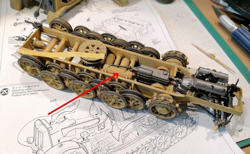 Camion Famo + remorque porte-chars  - 1/35 -  Tamiya - Page 2 Img_2271