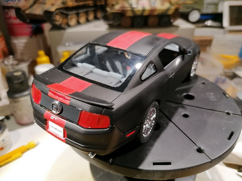 Ford Mustang GT  - 1/25 -  Revell - Page 3 Img_2286