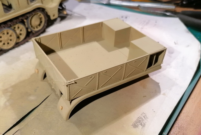 Camion Famo + remorque porte-chars  - 1/35 -  Tamiya - Page 3 Img_2291