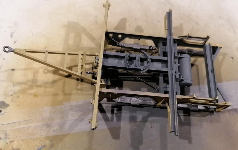 Camion Famo + remorque porte-chars  - 1/35 -  Tamiya - Page 4 Img_2303