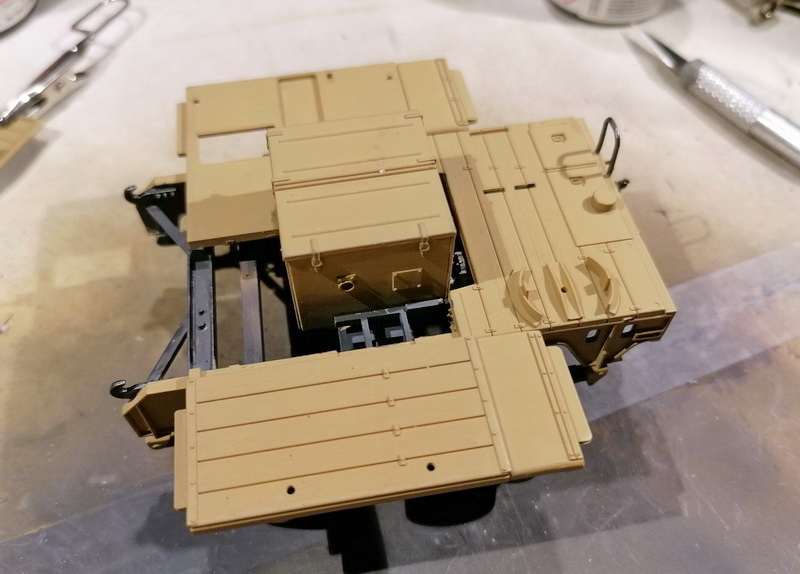 Camion Famo + remorque porte-chars  - 1/35 -  Tamiya - Page 4 Img_2310