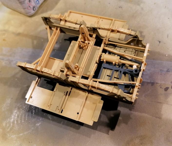 Camion Famo + remorque porte-chars  - 1/35 -  Tamiya - Page 4 Img_2312