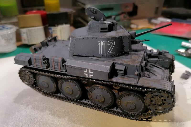 Panzer 38(t) - 1/35ème - Tamiya - Page 2 Img_2555