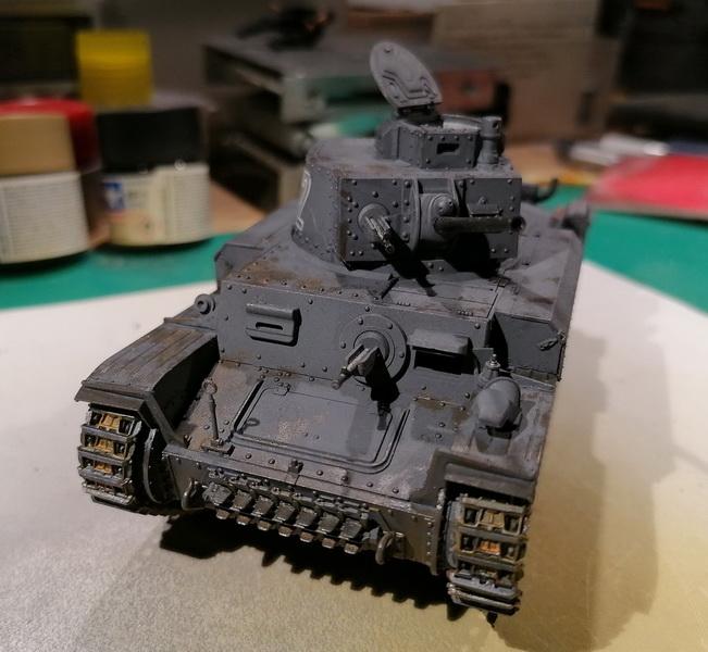 Panzer 38(t) - 1/35ème - Tamiya - Page 2 Img_2558
