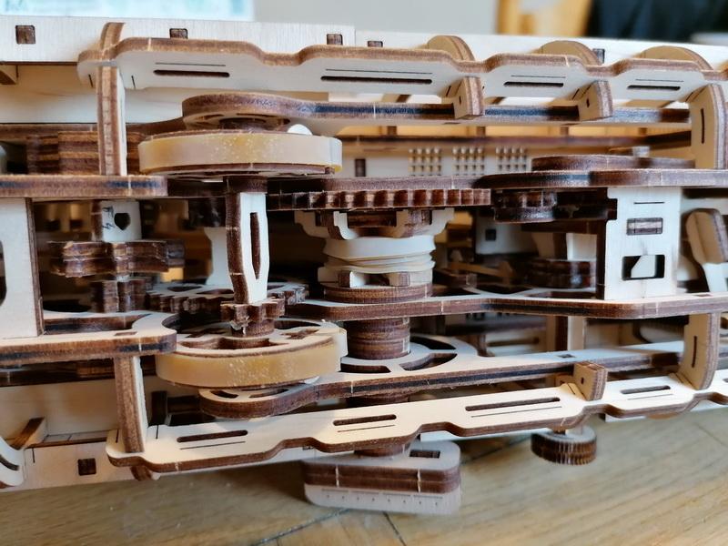 """Kit à encliqueter """"Research Vessel"""", échelle ? [UGEARS Mechanical Models] Img_2952"""
