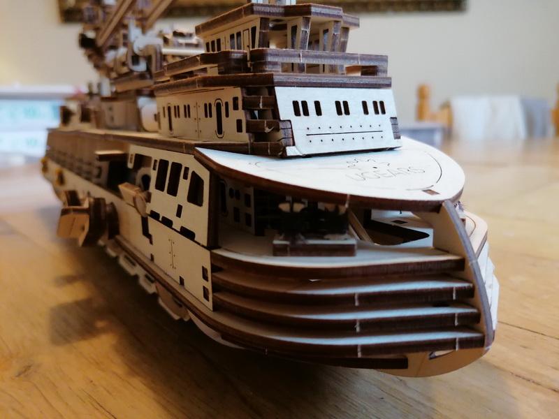 """Kit à encliqueter """"Research Vessel"""", échelle ? [UGEARS Mechanical Models] Img_2960"""