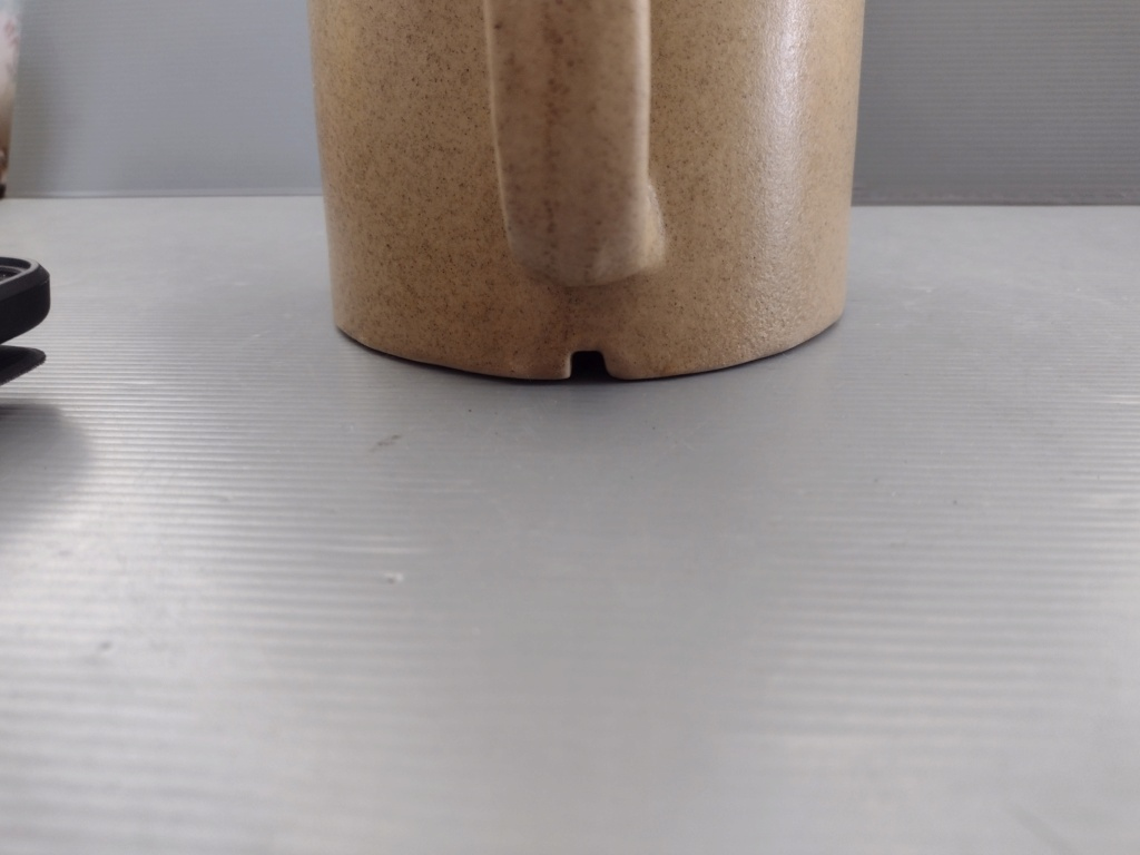 Unmarked 1.5l Stoneware jug Img_2012
