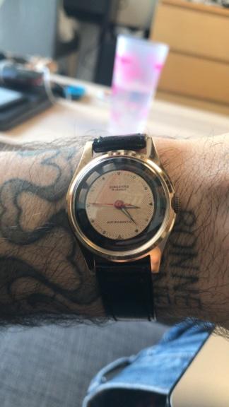 Jaeger -  [Postez ICI les demandes d'IDENTIFICATION et RENSEIGNEMENTS de vos montres] - Page 42 C548f410